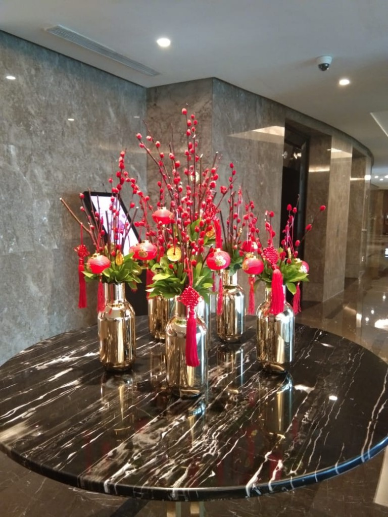 Main Center Piece - Chinese New Year decorations at 21st Fl. Ritz Carlton Pacific Place Hotel Lobby by Gria Florist